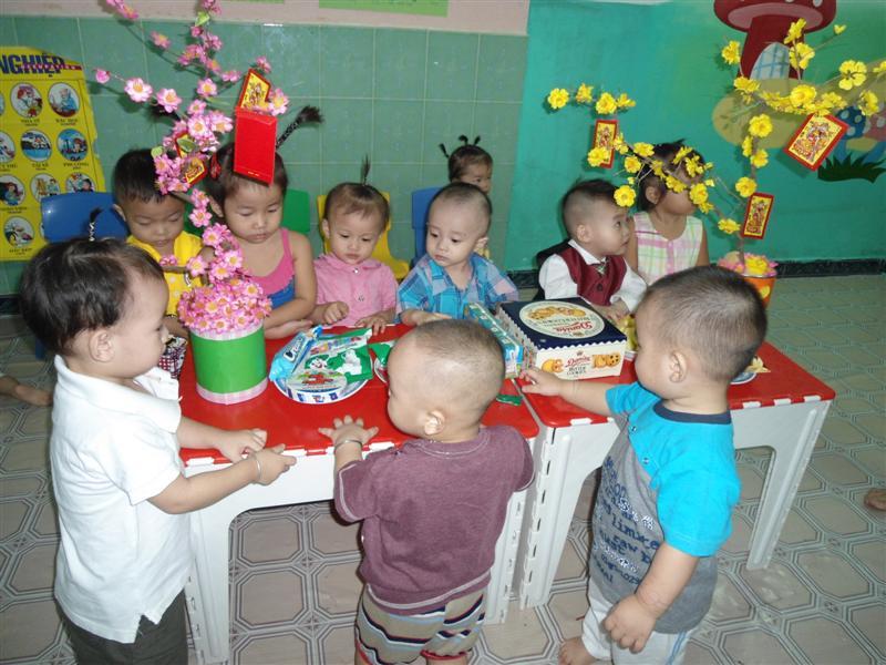 Tuyển dụng nhanh Nhận giữ trẻ tại nhà trẻ - quận Bình Thạnh